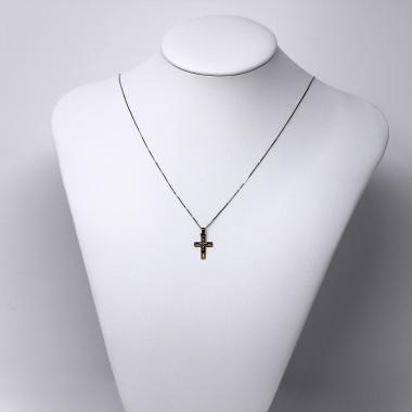 Cross diamond necklace